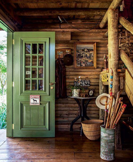 portas coloridas verde musgo