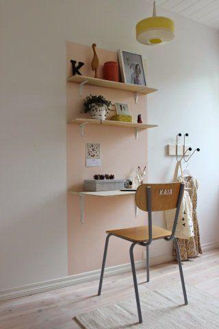 Pinturas de paredes criativas - pequeno home office com pintura retangular.