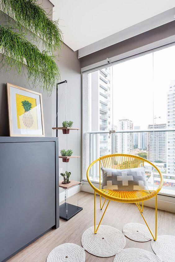decoração amarela para sala cadeira