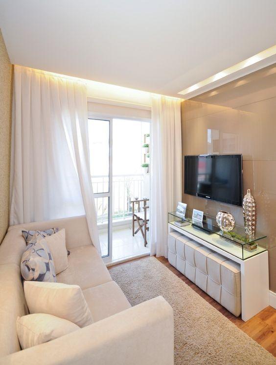 Sala pequena com cortina branca - Como escolher cortina
