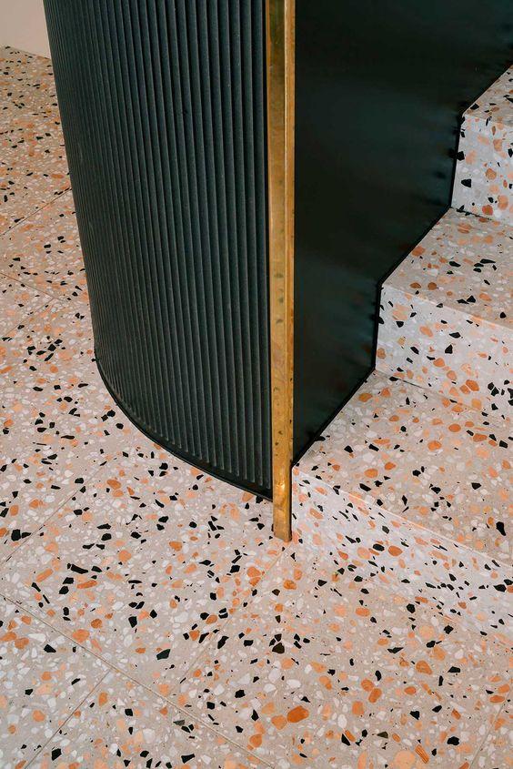 Revestimento Granilite - Chão com revestimento