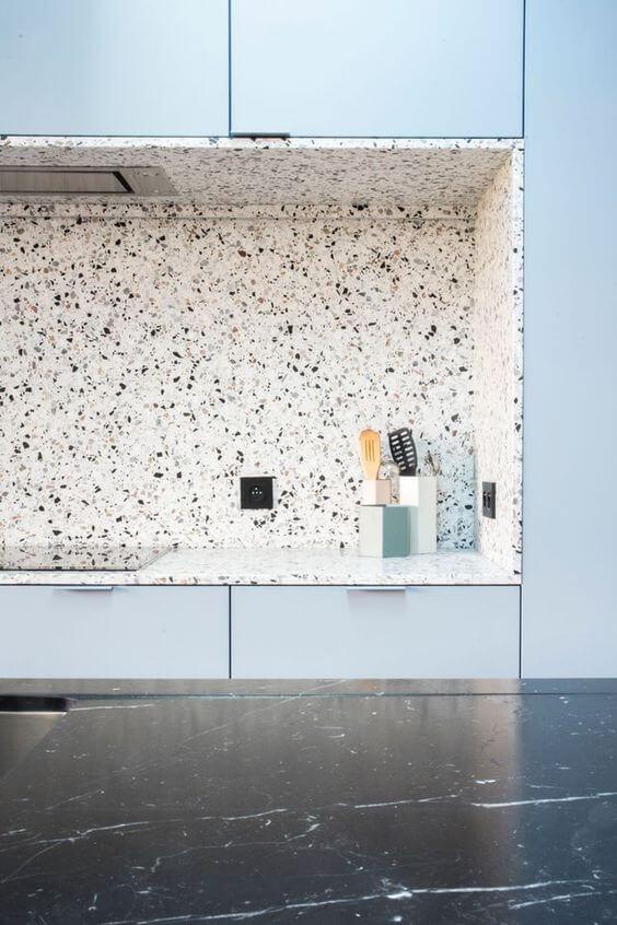 Granilite polido na cozinha - Pia e parede