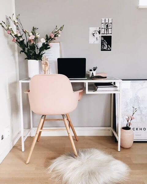 decoração branca e rosa