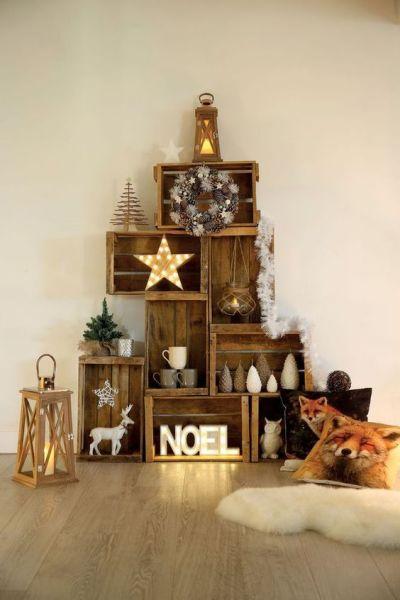 Árvore de natal rústica com caixote