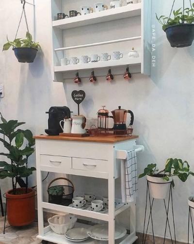aparador rústico com cantinho do café