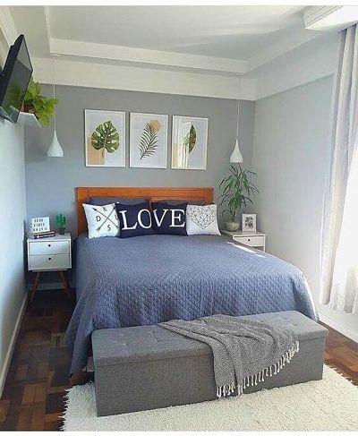 Decoração de quarto de casal simples com almofadas