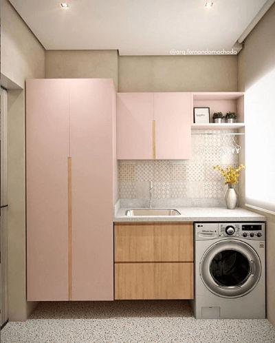 Lavanderia planejada com armário colorido