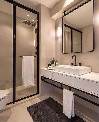 Banheiro moderno estilo industrial com cuba de apoio branca