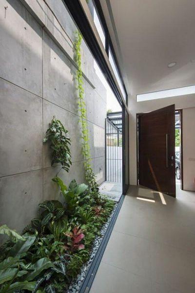 Jardim de inverno na entrada de casa