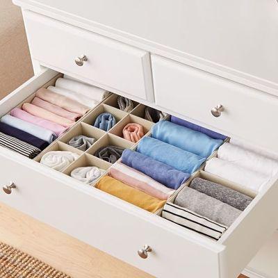 gaveta arrumada com separadores