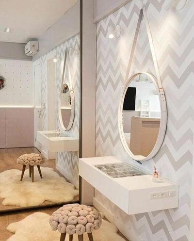 penteadeira suspensa com espelho branca