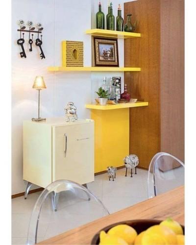 Tons de amarelo na sala