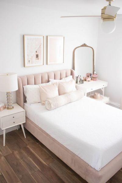 Cabeceira de cama no quarto