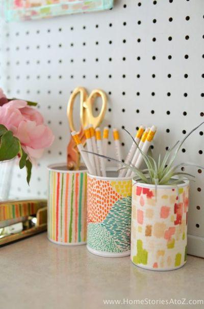 Latas decoradas para home office