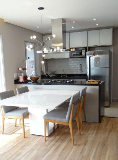 Modelo de Cozinha planejada integrada com a sala