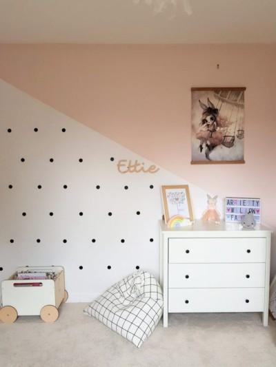 pinturas de paredes diferentes no quarto infantil