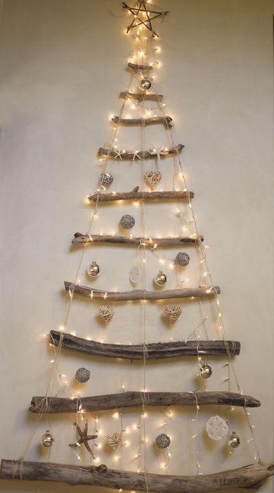 Arvore de Natal criativa com galhos