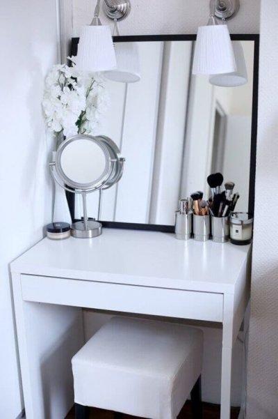 penteadeira simples branca com espelho