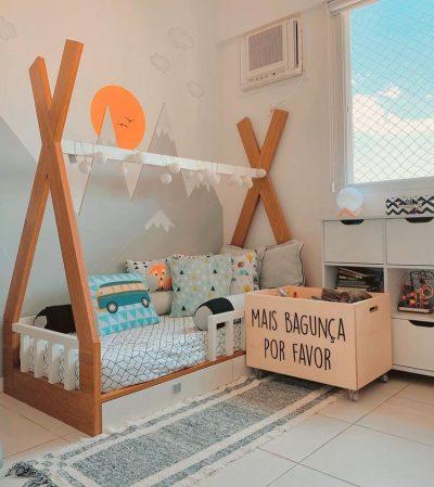 Quarto de criança unisex com cama montessoriana