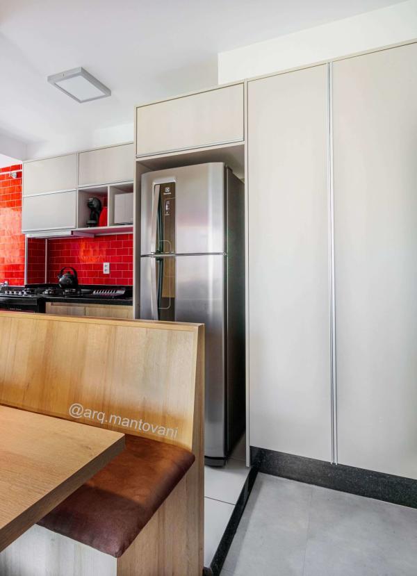 Cozinha americana pequena de apartamento