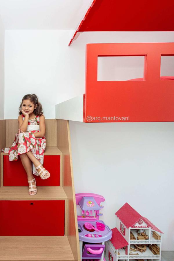 Marcenaria inteligente em quarto de criança
