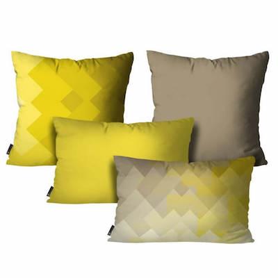 Kit com quatro almofadas com tons de amarelo